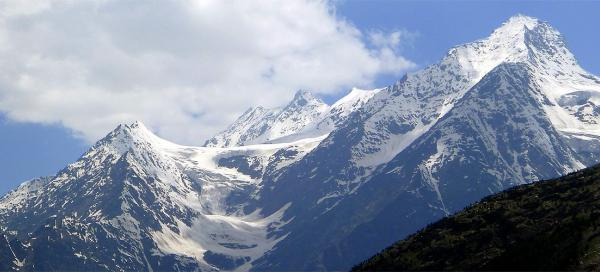 Drive through the valley of Lahaul