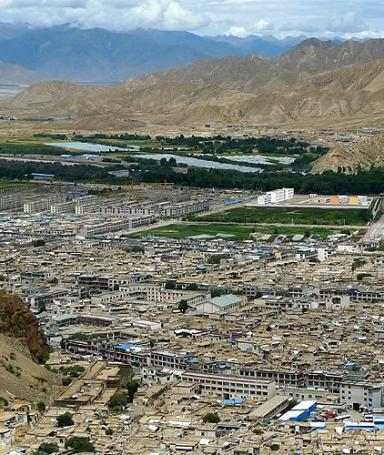 Hike over Shigatse