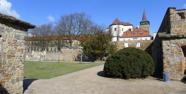The rest of the city walls