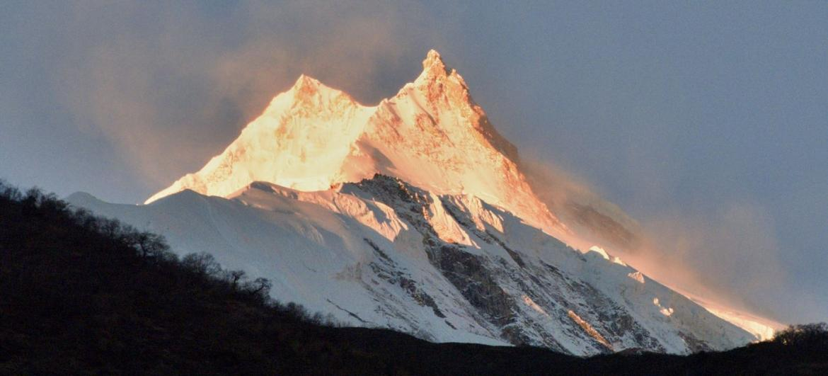Manaslu Circuit trek + Tsum Valley