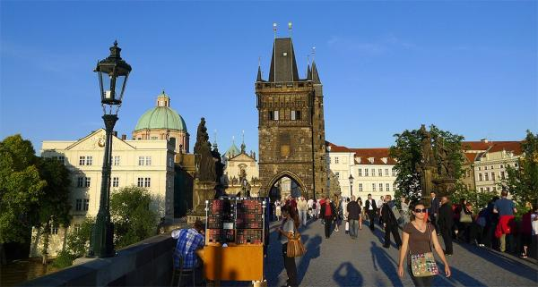 Artists on the Charles Bridge