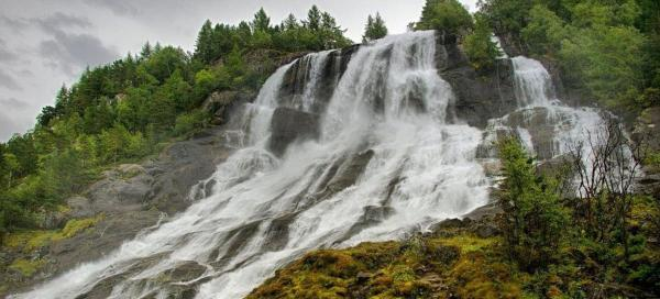 Furebergsfossen Waterfall