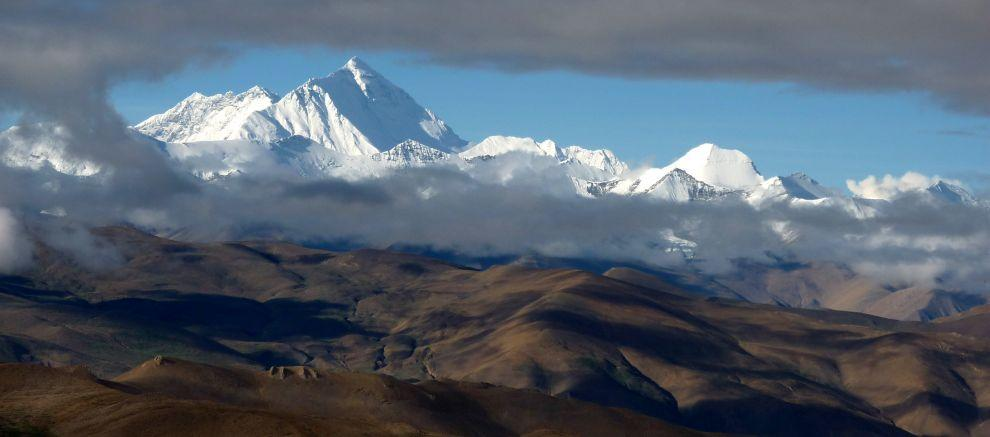 View from Pang la on the Himalayas ridge