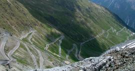 The highest road passes in Italy