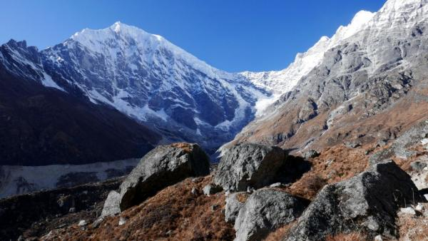 Langtang Lirung z Glacier View Point