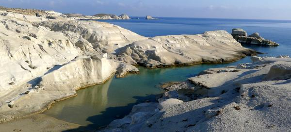 The most beautiful trips to Milos