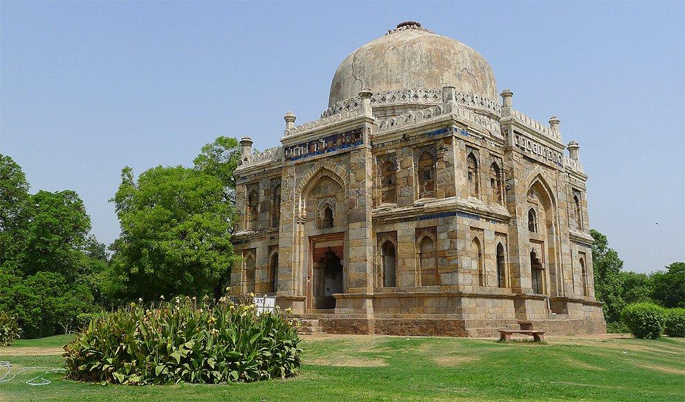 Shees Gumbad