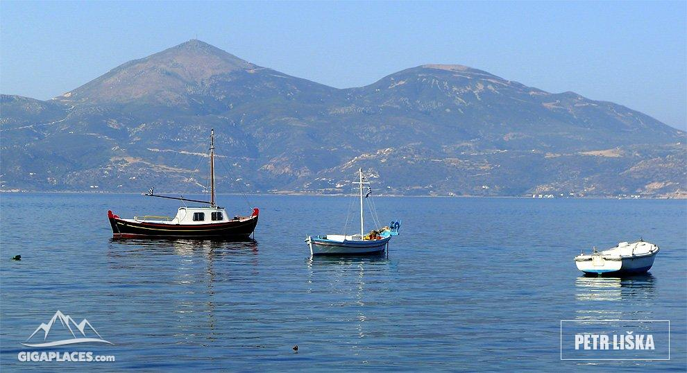Visit of klima picturesque fishing village on milos for Elias v fishing