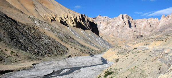 Along the road from Leh to Manali