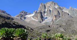 Crossing of Mount Kenya